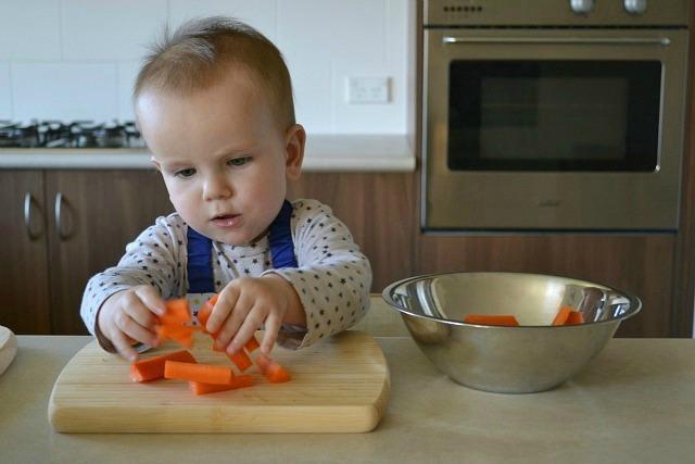 Otis transferring carrots