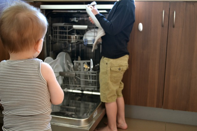 Drying dishes - kid style