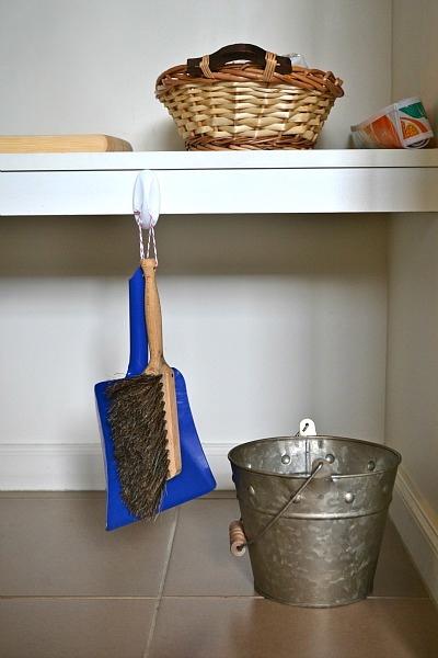 Dustpan + broom + waste bucket