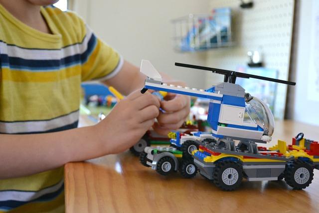 Reasons why I love Lego - how we montessori
