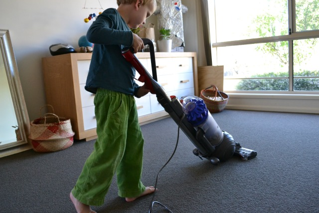 Caspar using vacuum