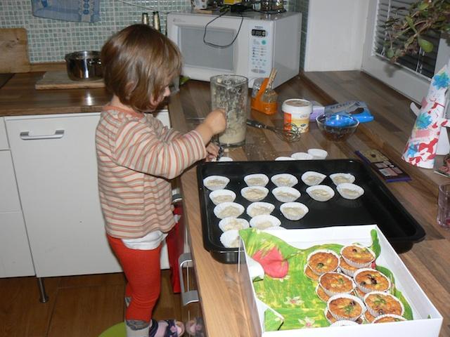 Making Christmas 'Snow' Cakes