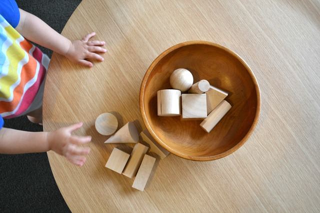 Geometric solids - how we montessori