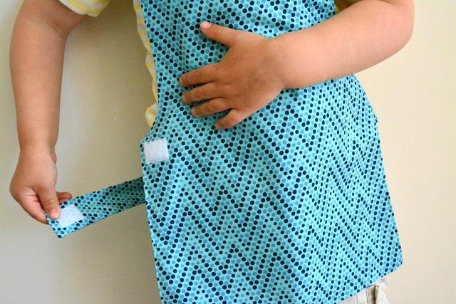 Why Montessori Children Wear Aprons How We Montessori