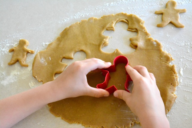 Caspar with gingerbread cutter