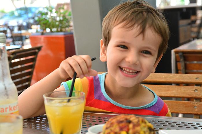 HWM eat South Bank - Flowers of the World, enjoying Parkers Organic Orange Juice