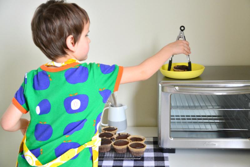 Otis baking #7a