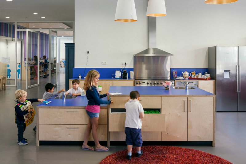 Montessori School Waalsdorp - Amazing Kitchen Netherlands, ArchDaily