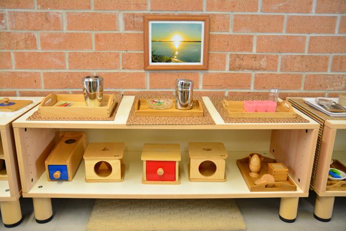 MIC at How we Montessori - toddler shelves