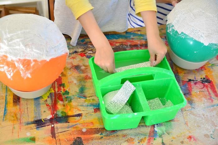 Making plaster bowls using plaster gauze