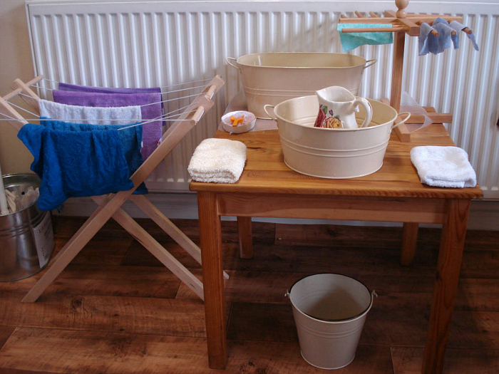 Wash Table at The Learning Ark