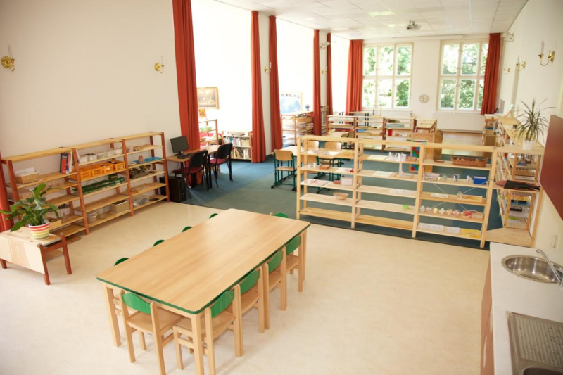 Czech Reblic Montessori School