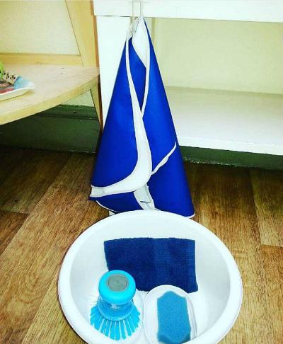 I Can Do It Montessori - Table Scrubbing
