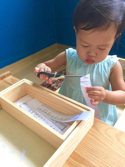 Three Minute Montessori - cutting paper