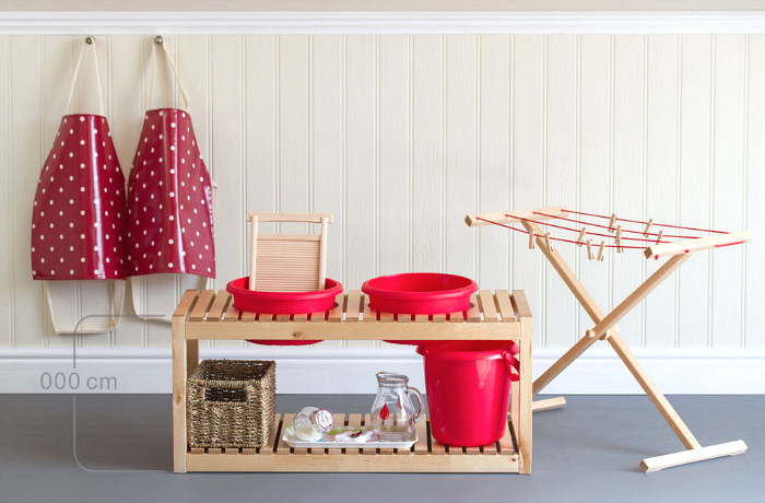 Montessori Design by Nuccia UK Red Wash Table