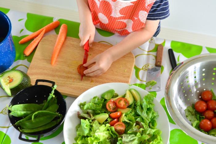 Otis slicing tomato making salad May 2015