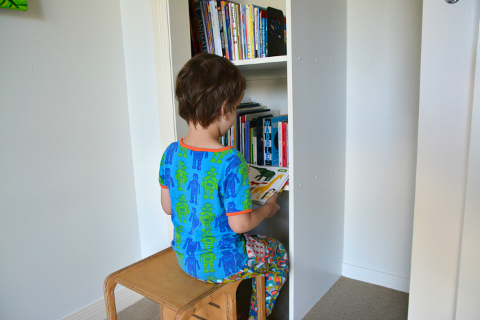 How we Montessori book storage