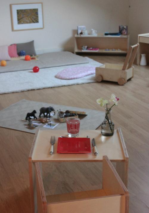 Vue d'une partie de la chambre du jeune enfant.