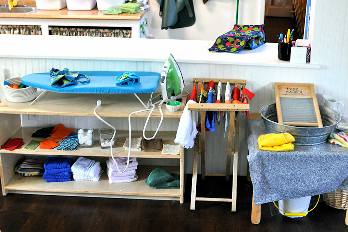 Crum Bums A Sneak Peek into a Montessori Classroom