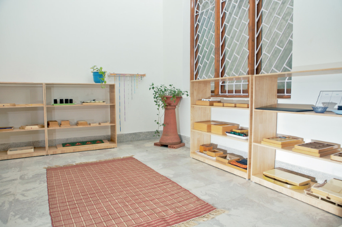 The Earth School, India, Shelving