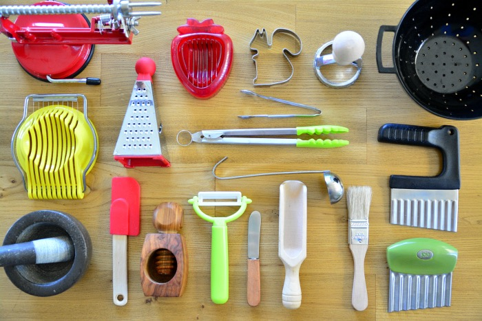 A List of Kitchen Tools for Children 1 to 4 years - how we ...