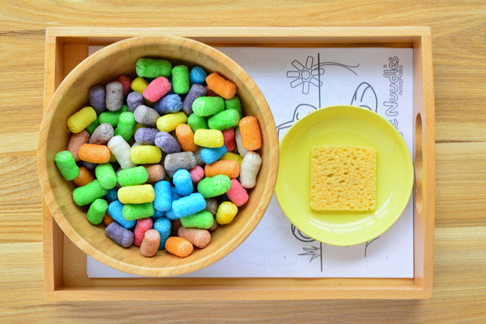 Art Tray with Magic Nuudles at How we Montessori