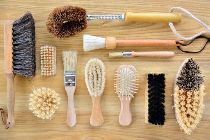 Five Minute Montessori  Give the child a brush at How we Montessori