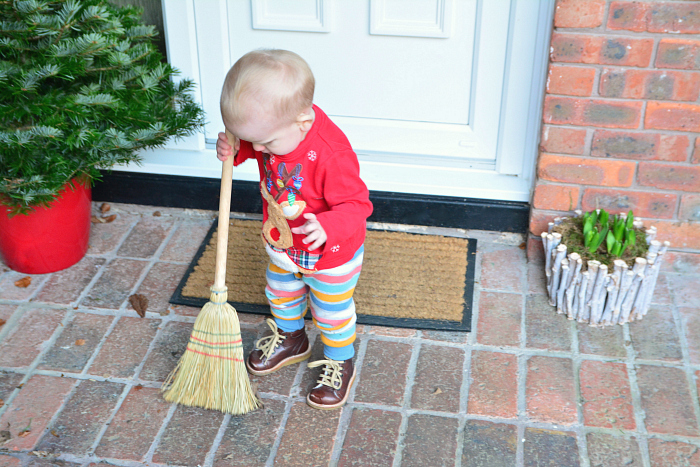 Montessori toddler broom at How we Montessori 15 months