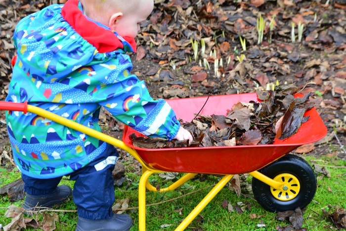 Otto's wheelbarrow at How we Montessori