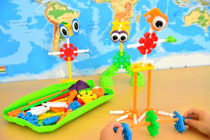 Otis Kids K'nex at How we Montessori