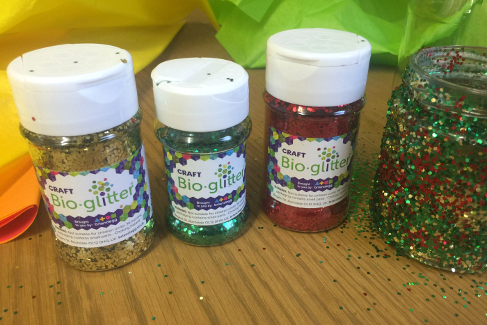 Christmas crafts using bio-glitter at How we Montessori