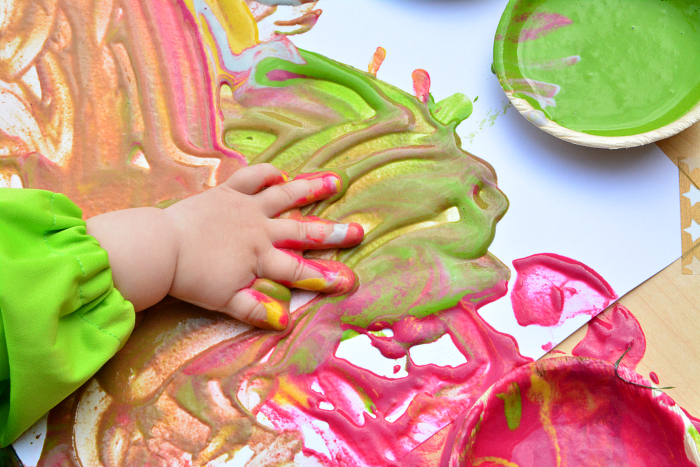 Natural baby finger paints edible  natural plant colourings at How we Montessori