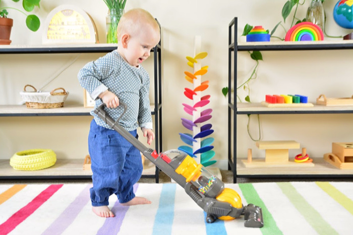 Kids dyson really works at How we Montessori