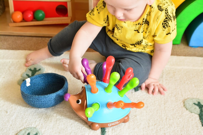 Otto 17 months how we montessori fine motor hedgehog