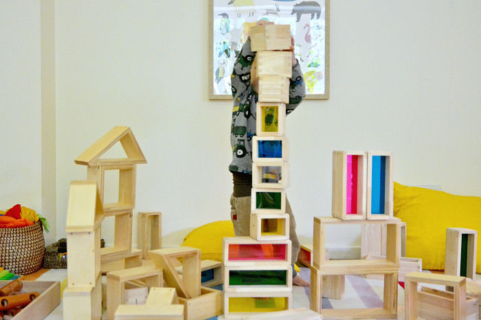 Otto builds tallbuildling at how we montessori