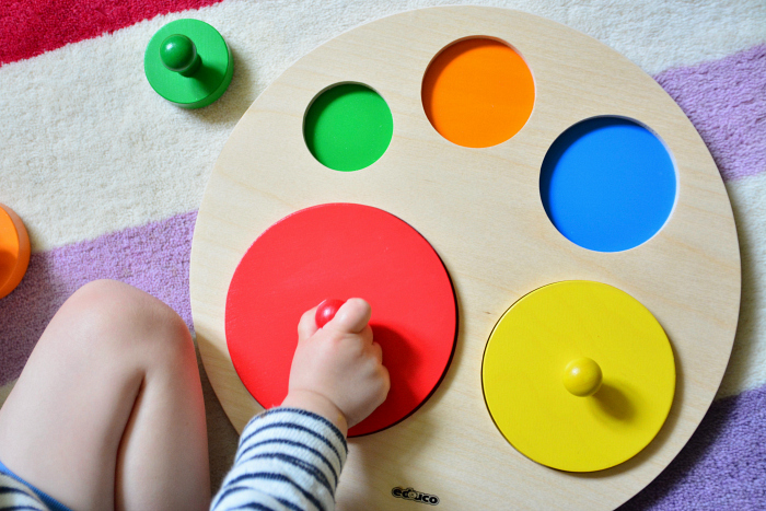 Circle Puzzle at How we Montessori