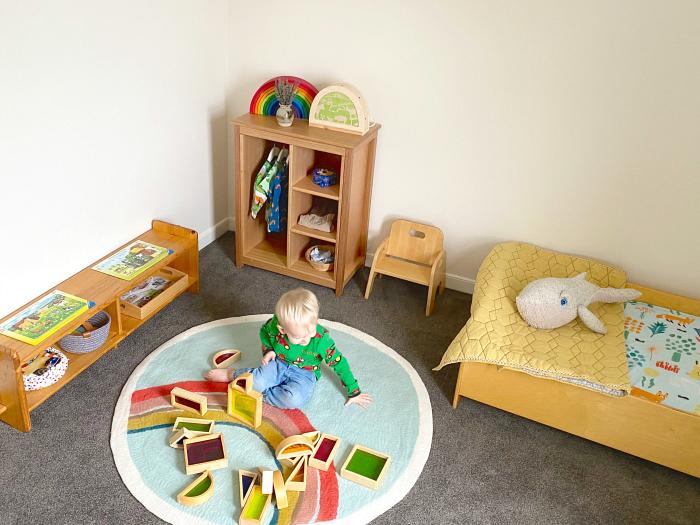 Montessori toddler bedroom at How we Montessori