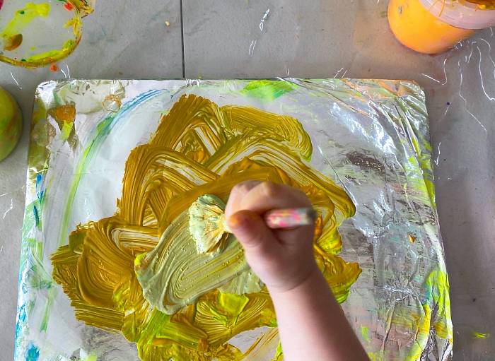 Little Ginger Art Studio at how we Montessori Otto 2 years old process art