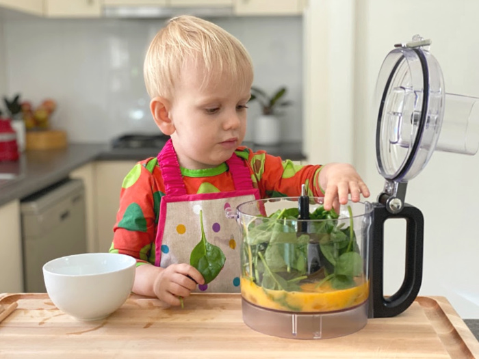 How we Montessori toddler in the kitchen