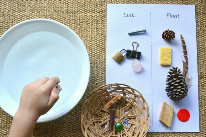 How we Montessori Sink Float (1)