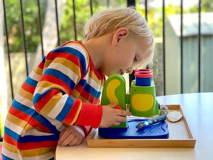 How we Montessori first children's microscope