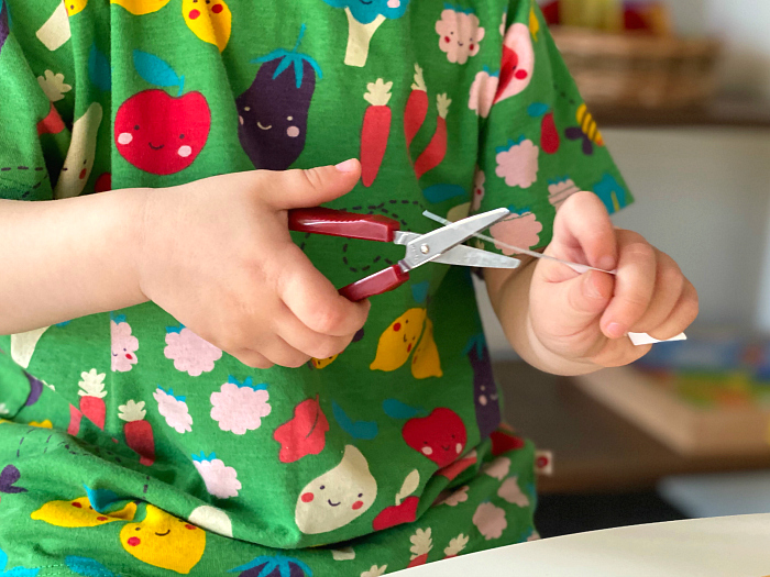 Best safety scissors for Montessori toddlers