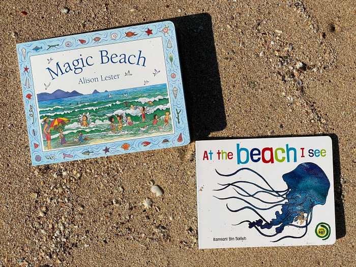 Beach books at How we Montessori  for toddlers board books  Magic Beach and At the beach I see