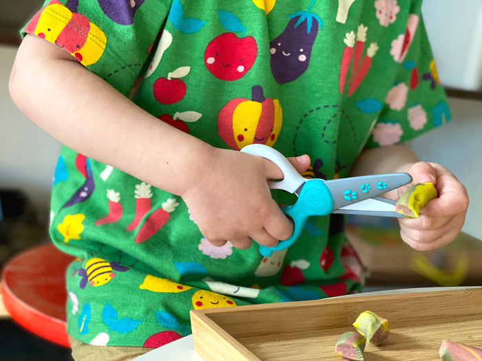 How we Montessori Best Safety Scissors for toddlers