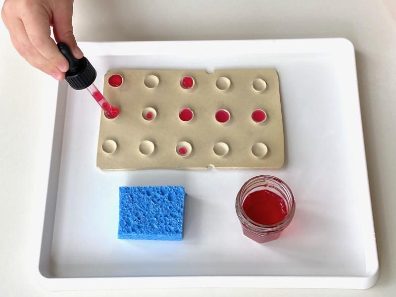 Water drops fine motor skills at How we Montessori
