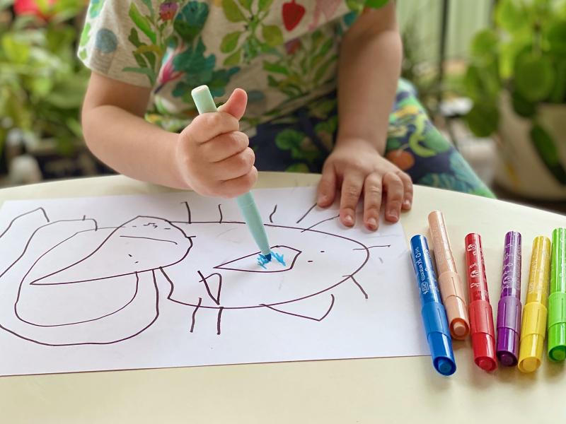 BIC kids jumbo markers at How we Montessori visacolor