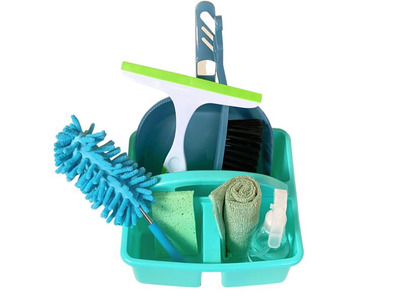 Montessori child cleaning caddy  Australia (1)