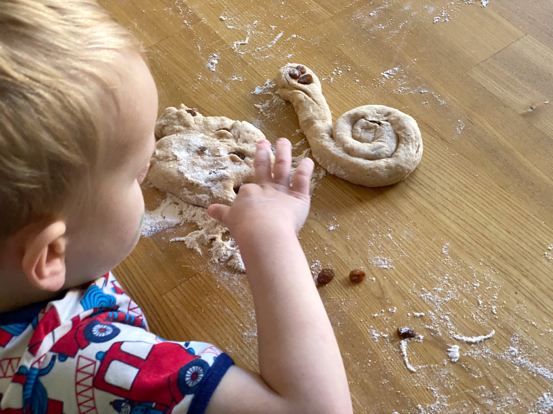 Otto playgroup isolation bread at How we Montessori (1)