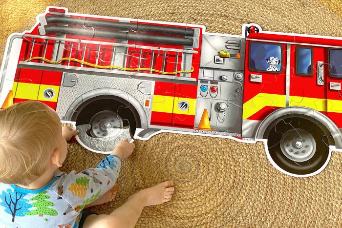 Floor puzzles at How we Montessori