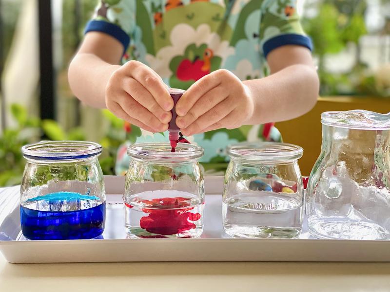 Colour flower experiment at How we Montessori